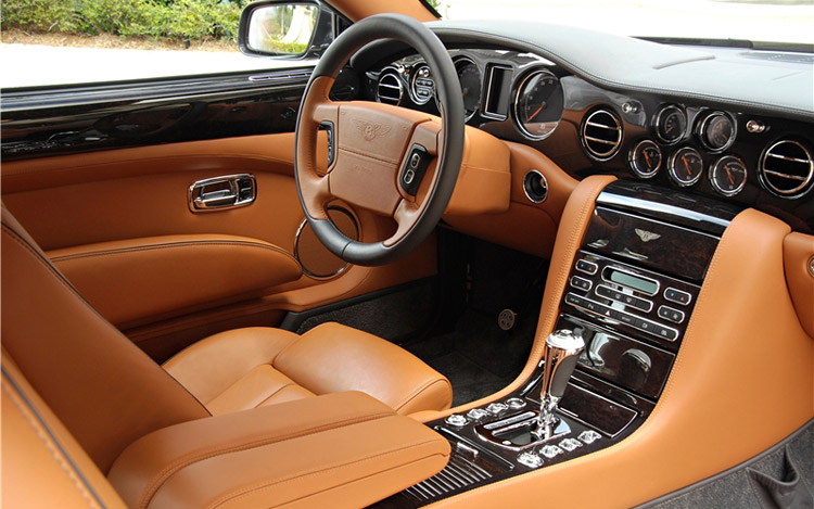 2009 Bentley Brooklands Interior