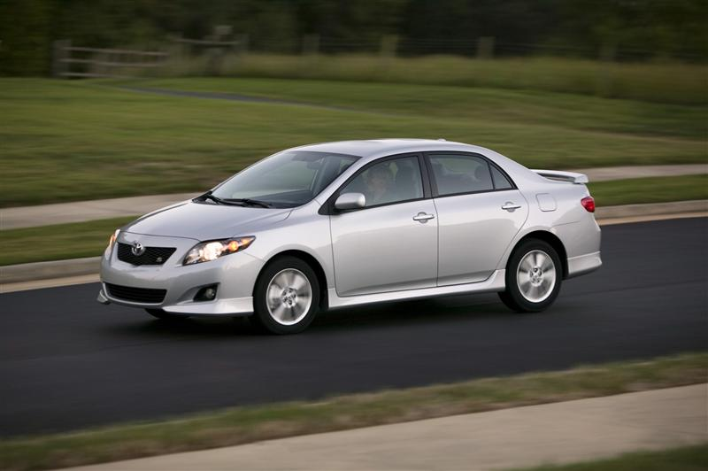 2010 Toyota Corolla Price, Photos, Reviews & Features