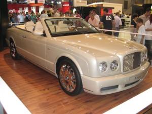 Auto Bentley Azure 2009