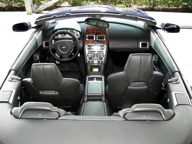 Interior del aston martin db9 modelo 2009 lista de carros for Aston martin db9 interior
