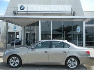 Carro BMW 528 Modelo 2010