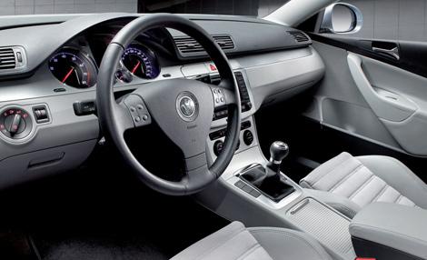 Interior del volkswagen passat 2010 lista de carros for Volkswagen passat 2000 interior