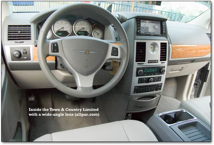 interior del chrysler town  u0026 country 2010