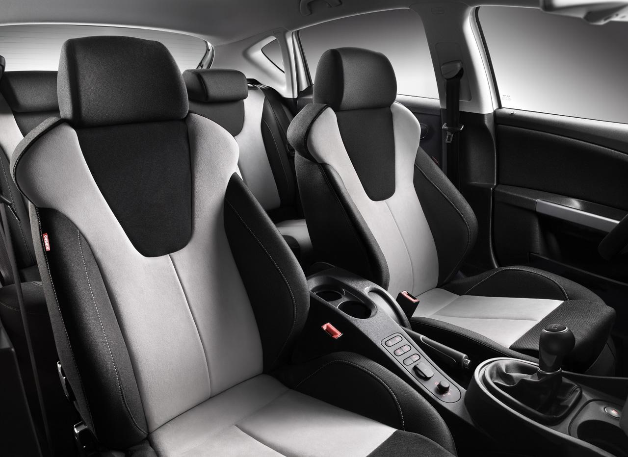 Interior del seat le n 2010 lista de carros for Interior seat leon