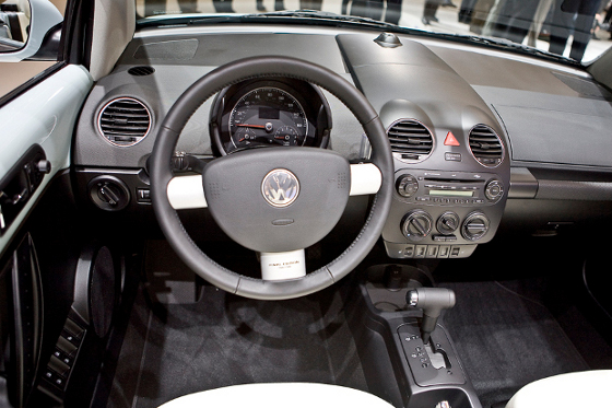 Interior del volkswagen new beetle final edition lista for New beetle interieur