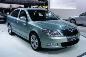 Skoda Octavia 2010: ficha tcnica, 12 imgenes y lista de rivales