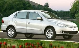 Volkswagen Gol Sedán 2010: ficha técnica, 9 imágenes y rivales