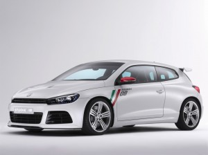 Volkswagen Scirocco 2010: ofrece también un motor 2.0 litros Common rail turbodiesel de 140 caballos de fuerza. Acelera en 9.3segundos y tiene una velocidad máxima de 207kms/h.