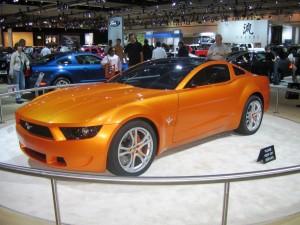 Ford Mustang GT 2011: precio, consumo, imágenes, rivales y 2 videos
