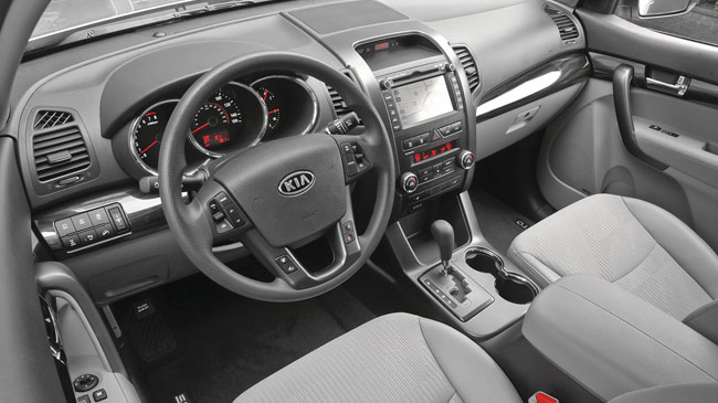 interior del kia sorento 2011 lista de carros. Black Bedroom Furniture Sets. Home Design Ideas
