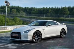 Nissan GT-R 2011: precio y galería de imágenes