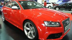 Carro Audi RS5 Modelo 2011: ficha técnica y galería de imágenes