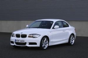 BMW Serie 1 Coupe 2011: ficha técnica, rivales, imágenes y video