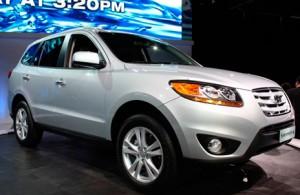 Hyundai Santa Fe 2011: ficha técnica, 9 imágenes y lista de rivales