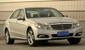 Mercedes Benz Clase E Sedán 2011: ficha técnica, imágenes y lista de rivales