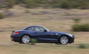 Carro BMW Z4 modelo 2011: ficha técnica, 18 imágenes y lista de rivales
