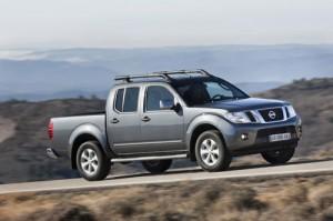 Nissan Navara 2011: ficha técnica, imágenes y lista de rivales