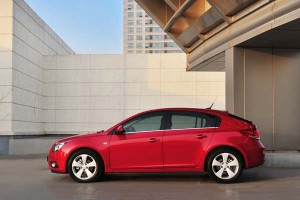 Noticias del Motor Show Ginebra 2011: Chevrolet Cruze Hatchback