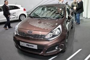 Kia Rio 2011: ficha técnica, imágenes y lista de rivales