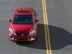 Suzuki Kizashi 2011: ficha técnica, 12 imágenes y lista de rivales