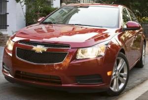 Chevrolet Cruze Sedán 2011: precio, ficha técnica, imágenes y lista de rivales