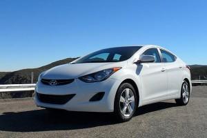 Hyundai Elantra 2011: precio, ficha técnica, imágenes y lista de rivales