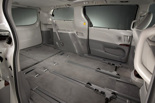 Dashboard 44246944 besides Arb Roof Rack furthermore Jeep Sunroof Leak Lawsuit Drain Tubes together with Isuzu Axiom Fuse Box additionally Toyota Sienna 2011 Ficha Tecnica Imagenes Y Lista De Rivales. on toyota sienna sunroof