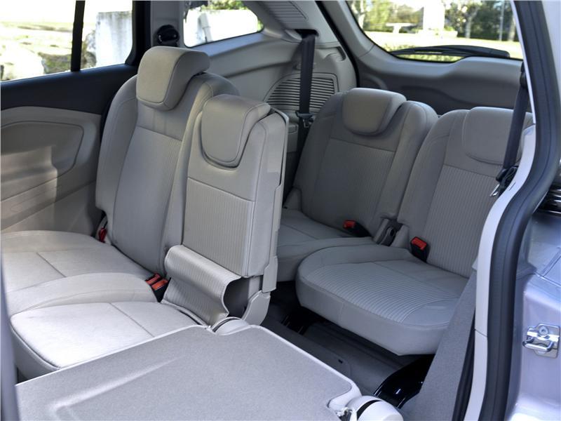 Interior Del Ford Grand C Max 2011 Lista De Carros
