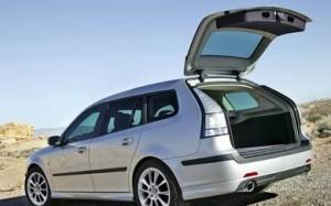 Saab 9-3 SportCombi 2011: ficha técnica, imágenes y lista de rivales