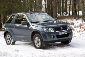 Suzuki Grand Vitara 2011: imágenes y ficha técnica