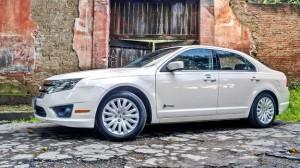 Ford Fusion Hybrid 2011: precio, ficha técnica, imágenes y lista de rivales