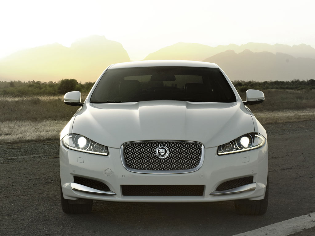 jaguar xf 2011 ficha t cnica im genes y lista de rivales lista de carros. Black Bedroom Furniture Sets. Home Design Ideas