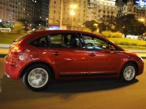 Citroën C4 Hatchback 2011: ficha técnica, imágenes y lista de rivales