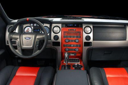 Ford Raptor 2018 Precio >> Ford F-150 Raptor SVT 2011: precio, ficha técnica, imágenes y lista de rivales | Lista de Carros