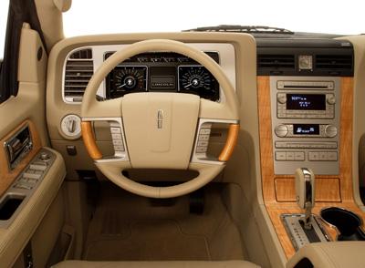 Lincoln Navigator 2011 Ficha T Cnica Im Genes Y Lista De Rivales Lista De Carros