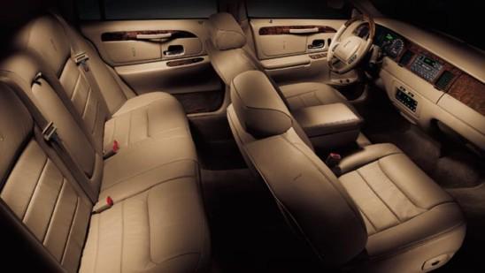 Interior Del Lincoln Town Car 2011 Lista De Carros