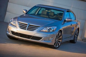 Hyundai Genesis Sedán R-Spec 2012: precio, ficha técnica, imágenes y lista de rivales