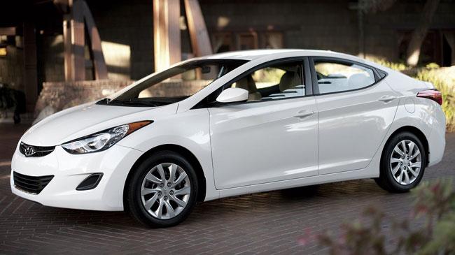 Hyundai I35 Elantra 2012 Tiene Como Rivales Al Toyota