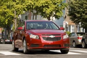 Chevrolet Cruze Sedán 2012: precio, ficha técnica, imágenes y lista de rivales