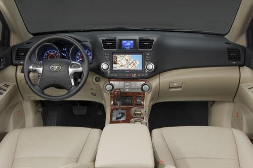 Toyota highlander hybrid 2012 precio ficha t cnica im genes y lista de rivales lista de carros for 2017 toyota highlander le plus interior