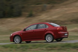 Mitsubishi Lancer 2012: precio, ficha técnica, imágenes y lista de rivales