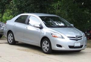 Toyota Yaris Sedán 2012: precio, ficha técnica, imágenes y lista de rivales