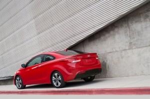 Hyundai Elantra Coupe (imágenes y datos)