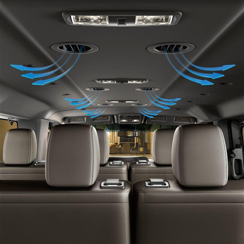 nissan nv passenger van 2012 precios im genes y datos lista de carros. Black Bedroom Furniture Sets. Home Design Ideas