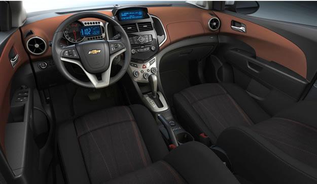 Interior Del Chevrolet Aveo Sed 225 N 2012 Lista De Carros