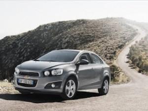 Chevrolet Aveo Sedán 2012: precio, ficha técnica, imágenes y lista de rivales