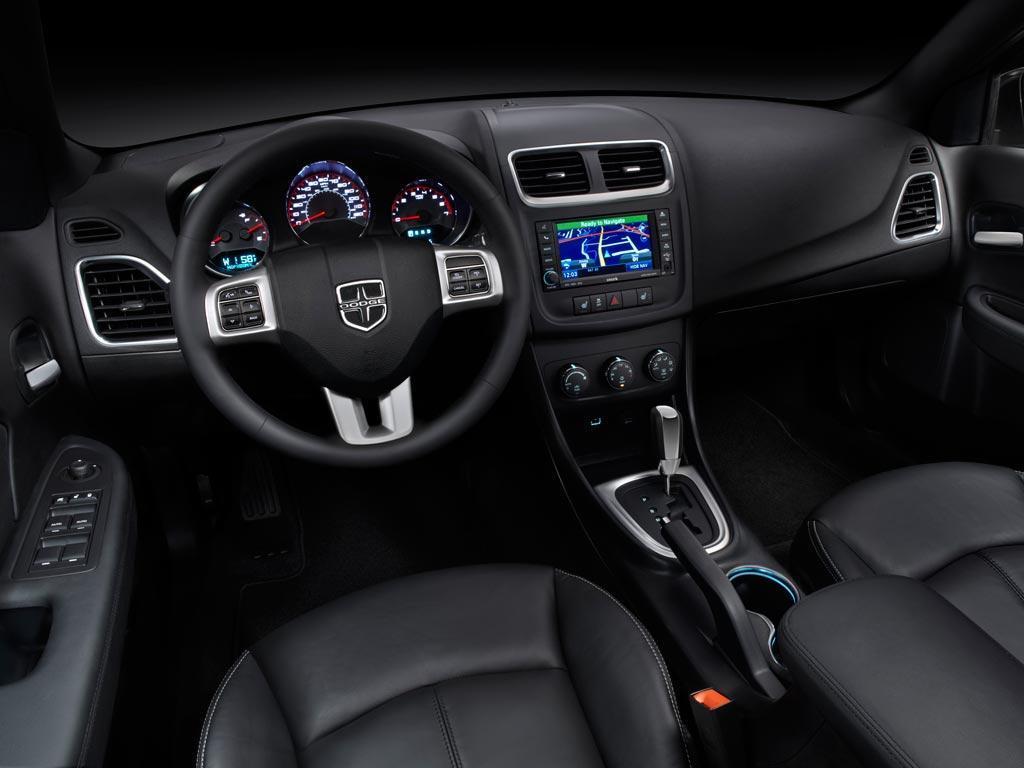 Imágenes del interior del Dodge Avenger 2012 | Lista de Carros