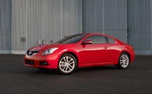 Nissan Altima Coupe 2012: precio, imágenes y ficha técnica