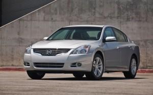 Nissan Altima Sedán 2012: precio, ficha técnica imágenes y lista de rivales