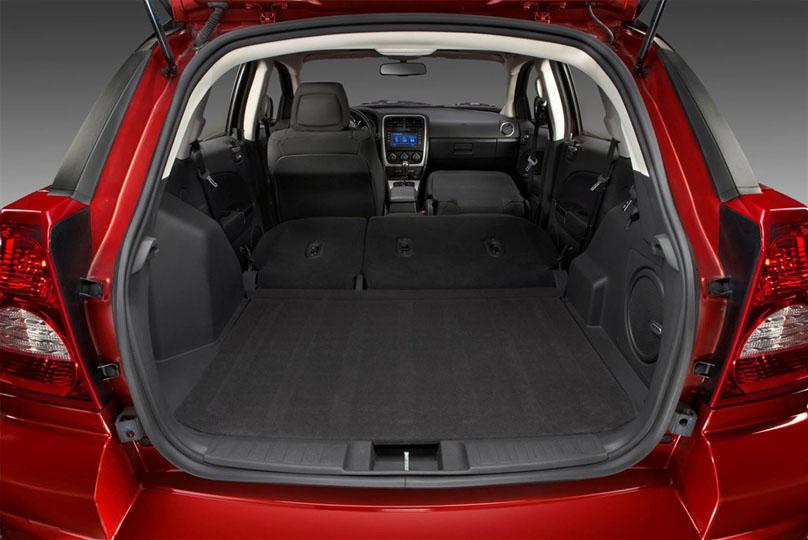 El Dodge Caliber 2012 Tiene Estas Medidas Y Capacidades